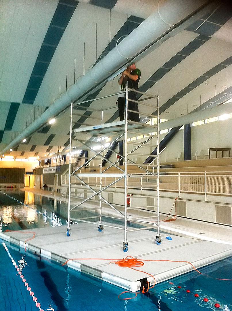werkvlot met steiger voor onderhoud zwembad easyfloat